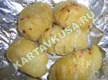 вторые овощные блюда, гарниры | картофель, запеченный с чесночным соусом - рецепт с фото