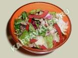 Салат с морским коктейлем и овощами - лёгкий, освежающий и очень вкусный.