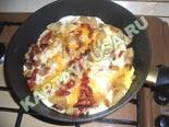 горячие закуски - рецепты c фото | яичница с помидорами