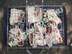 шашлык из свиных ребрышек на решетке | приготовление - 7 шаг